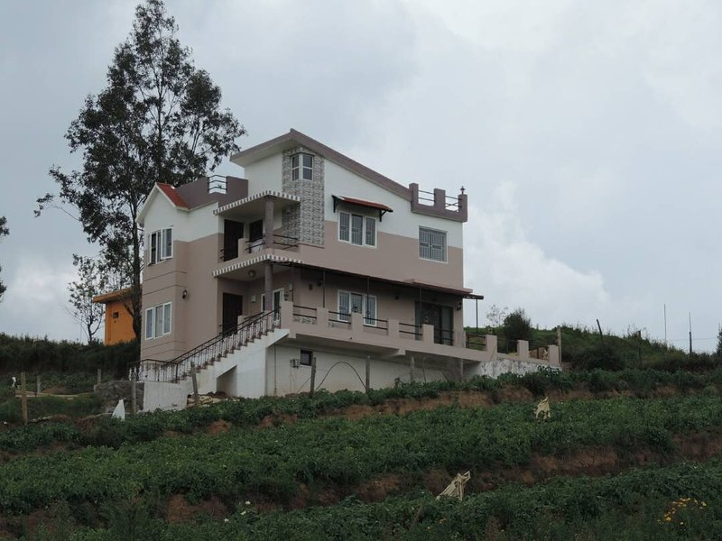 Ootyhill side stay, vacation rental in Masinagudi