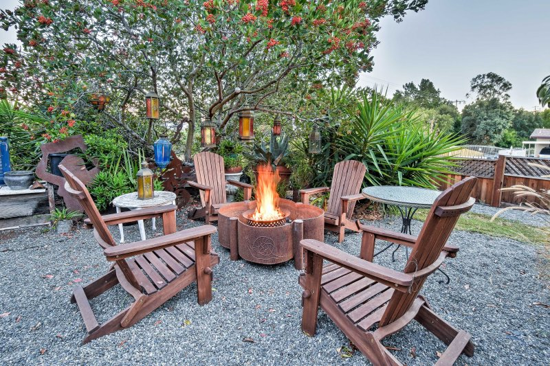Gather around the fire pit with your favorite beverage and gaze up at the stars.
