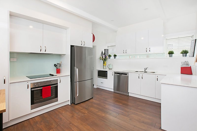 Brand new kitchen with everything you need.