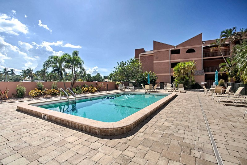 Escape to the sunny coast while staying in this Punta Gorda vacation rental condo.