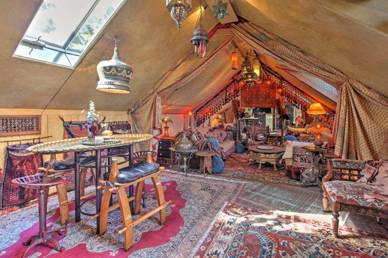 «La tente du sultan» vous transporte dans le passé marocain.