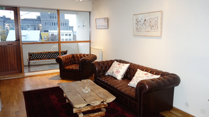 Charming apartment in city centre, vacation rental in Reykjavik