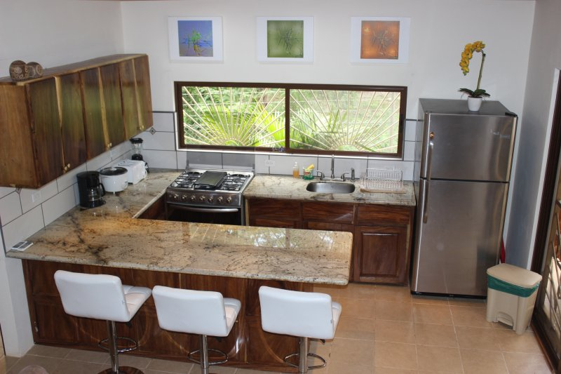 Casa Chill, 3 mins walk away from the beach, aluguéis de temporada em Playa Grande
