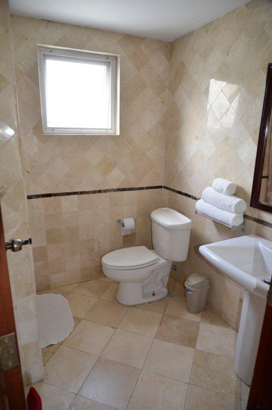 2 baño, totalmente amueblado