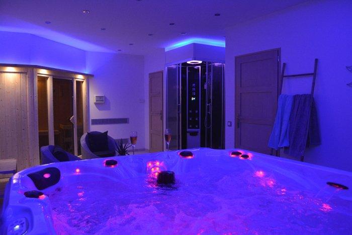 L'Échappée Z'Aisne, gîte avec espace bien être privatif, spa et sauna, location de vacances à Ribemont