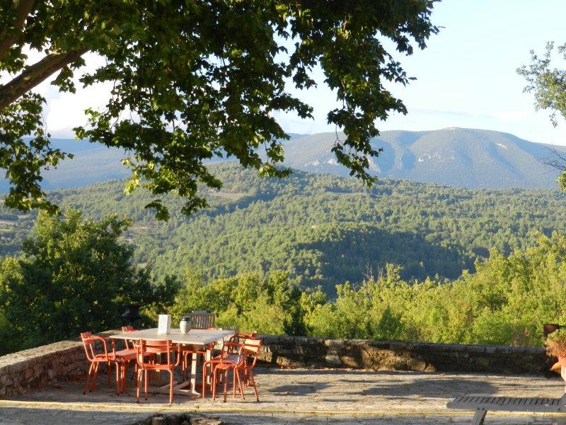 bastide provençale, holiday rental in Castellet
