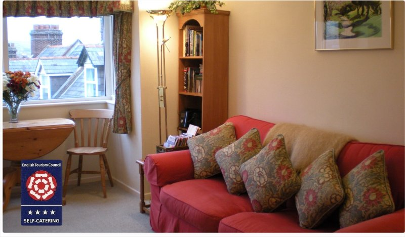 8 Sandringham Court, vacation rental in Langton Matravers