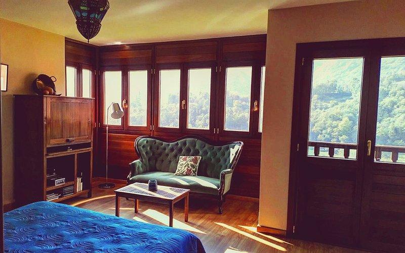 Suite,  con vistas a Peñamayor.