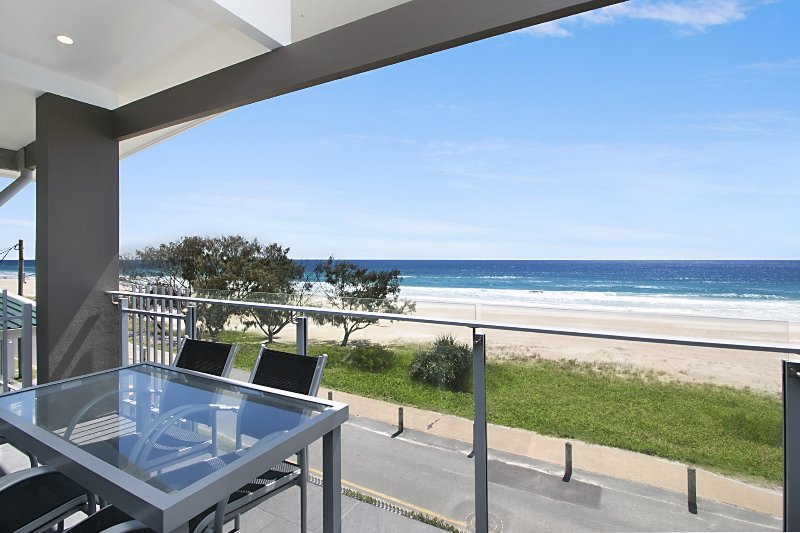 Brixton Rise 3 - Beachfront Tugun, vacation rental in Tugun