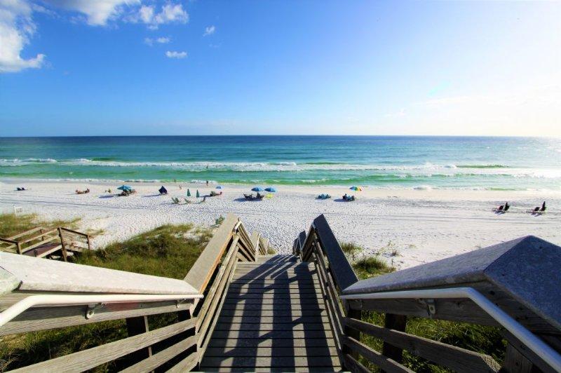 Public Beach Access is Nearby