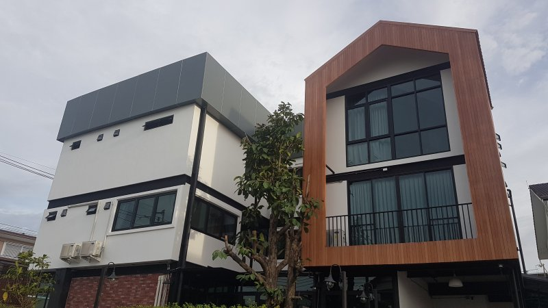 Shared Mixed Room in Hostel near Don Mueang Airport, vacation rental in Pathum Thani Province