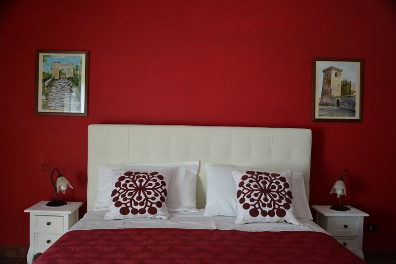 B&B Aquino in Terrazza - Suite 'Le stanze di Adelasia', holiday rental in Colfelice