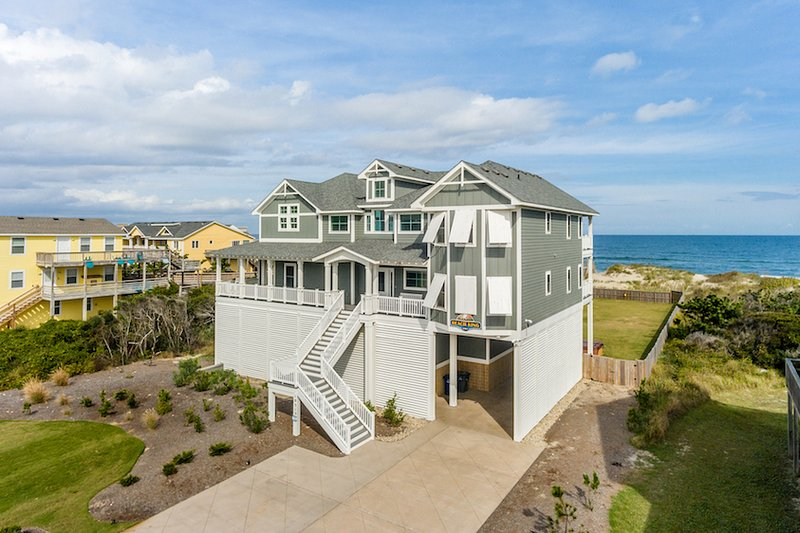 Welcome to Beach King Located at 10313 S. Old Oregon Inlet in Nags Head
