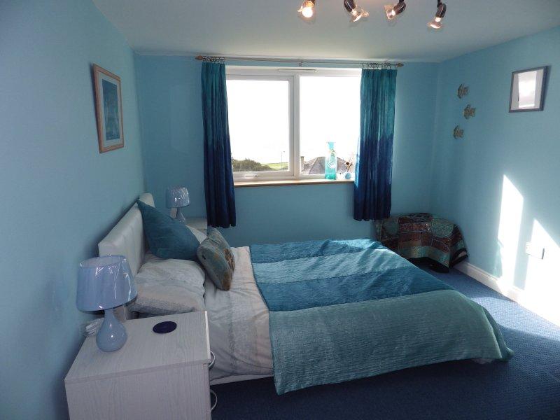 1 lit - toutes les chambres sont décorées avec goût et individuellement