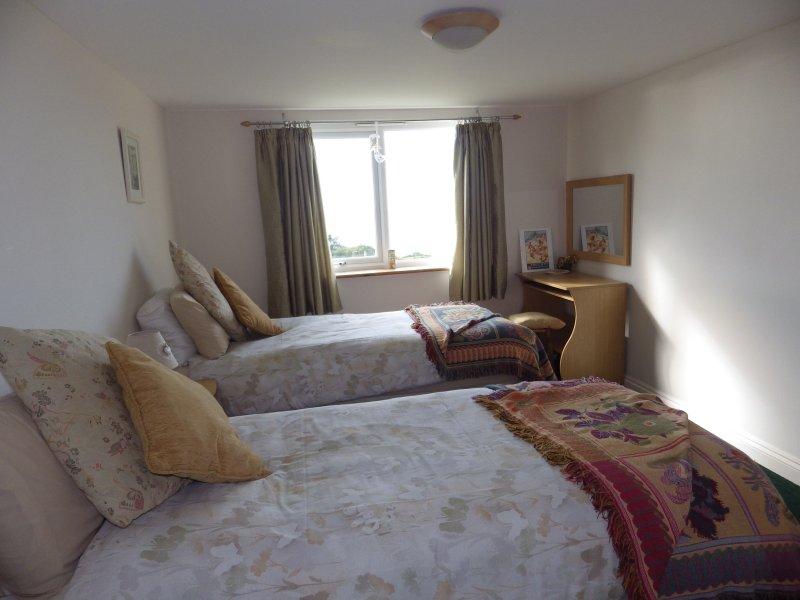Chambres 3 - dans un quartier résidentiel calme, mais un accès facile à la plage et de la ville