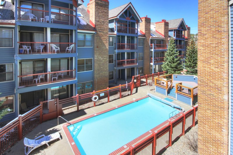 Luminous 2Br 2Ba - Upscale + Steps to Snowy Fun + Main St, vacation rental in Breckenridge