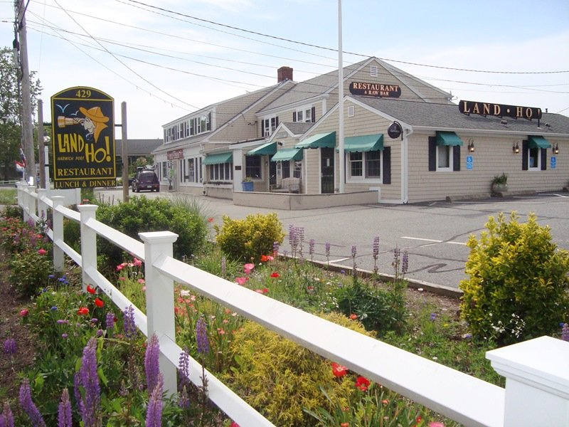 Land Ho! restaurant - Harwich Port Cape Cod - New England Vacation Rentals