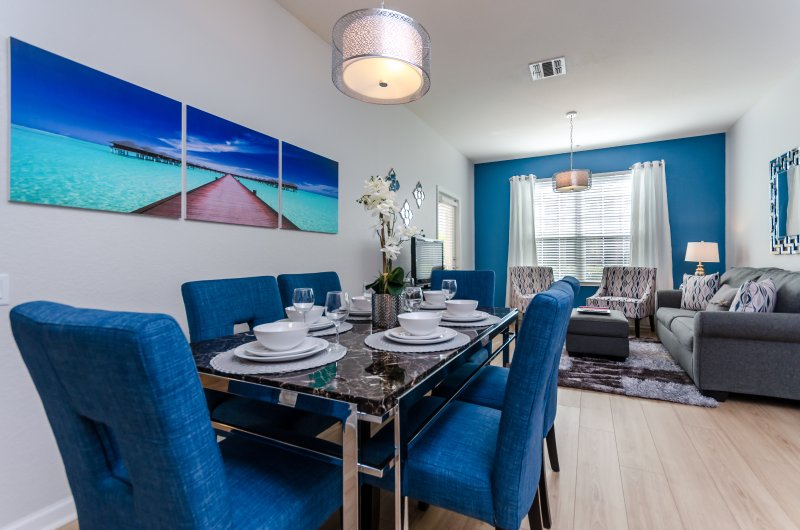 Paradise Passion-Dining Room