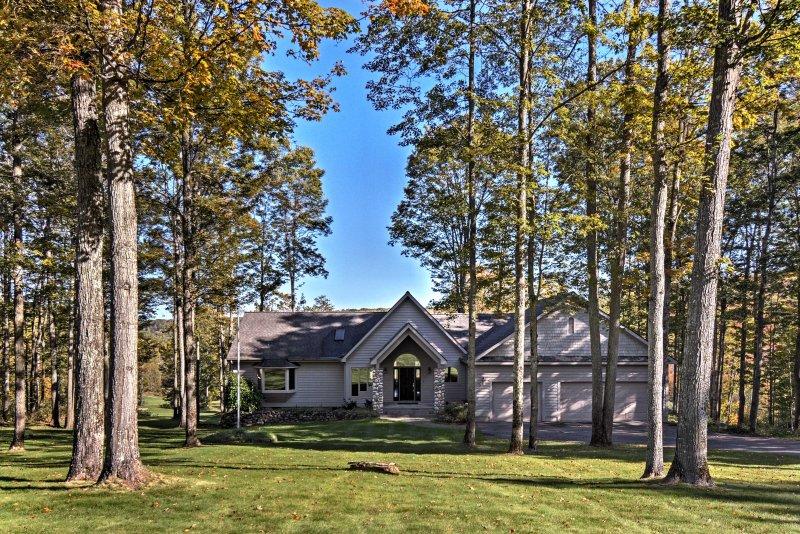 Uw droomvakantie begint bij dit Bellaire 4BR, 4-baden vakantie verhuur huis!