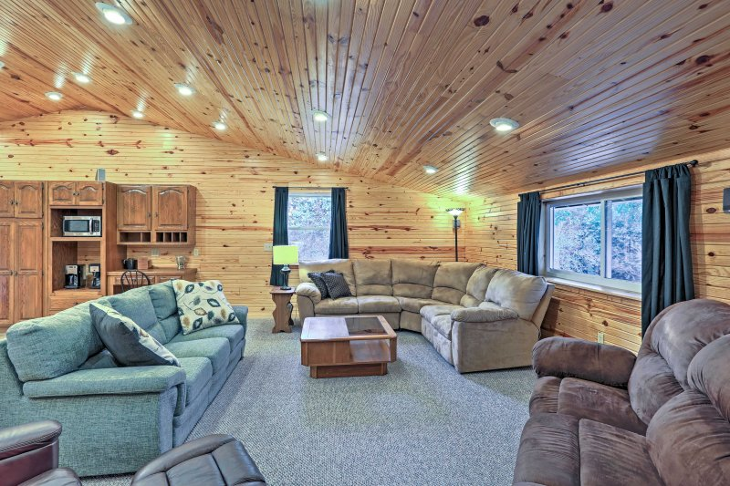 Escape to the peace and quiet of Partridge, Kansas when you stay at this 3-bedroom, 2-bathroom vacation rental apartment!