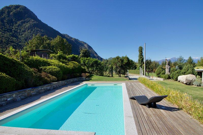 Villa Oasi di Castelveccana, holiday rental in Castelveccana