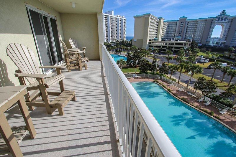Tauchen Sie ein in Ihren nächsten Urlaub in diesem Miramar Beach Ferienmieteigentumswohnung!