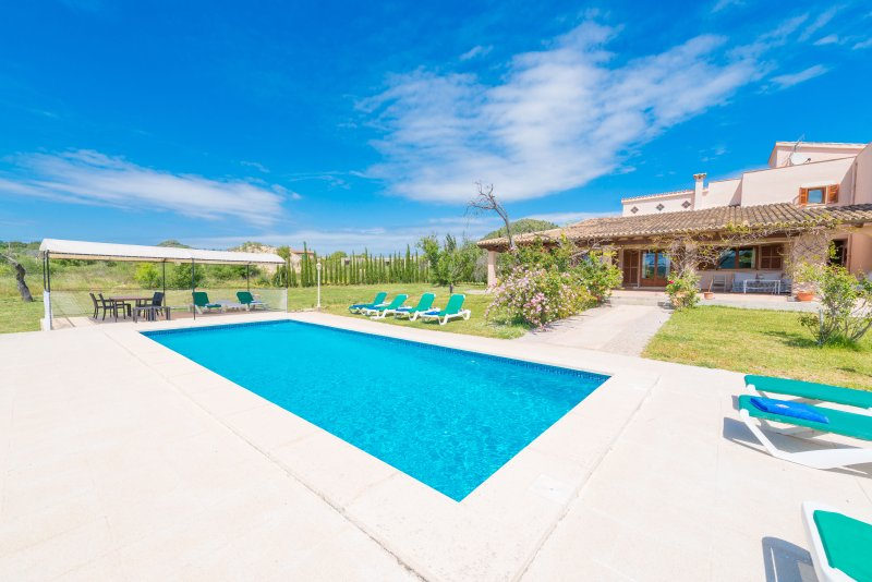 VORA PULA GOLF II - Villa for 10 people in SON SERVERA, vacation rental in Costa De Los Pinos