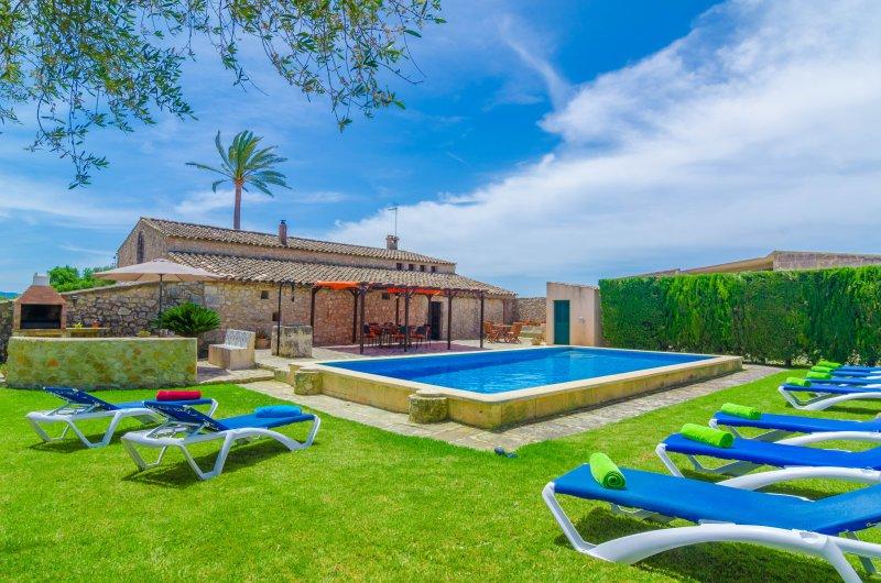AUBADELLET (CAN RANDA) - Villa for 8 people in Vilafranca De Bonany, holiday rental in Vilafranca de Bonany