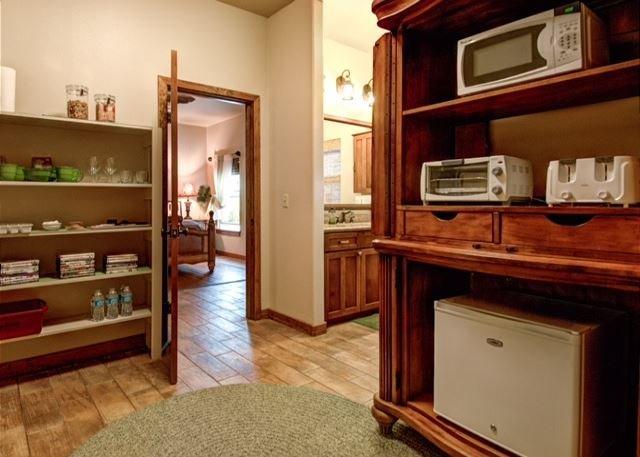 Master Suite w/En-suite Bath and Kitchenette.