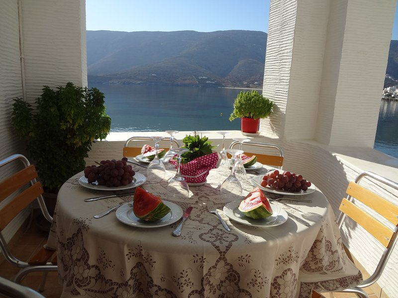 Watching The Sea, holiday rental in Andros