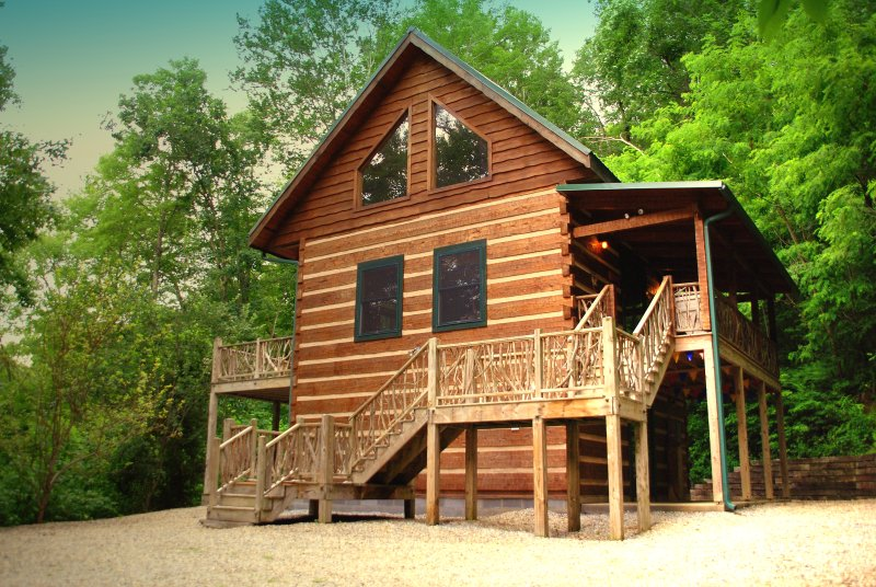Adohi Lodge - duas camas, dois cabana banho no coração de Nantahala Floresta, perto de Nantahala Lake