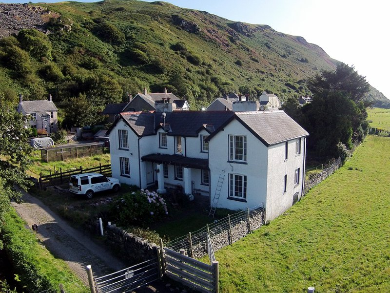 Holiday Cottage in Fairbourne, near Barmouth, vacation rental in Fairbourne