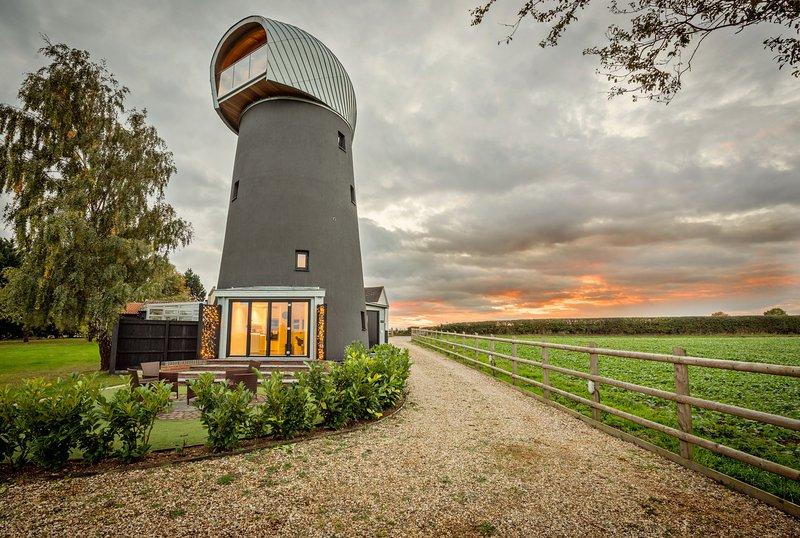 The Windmill Suffolk - Bury St Edmunds, location de vacances à Buxhall