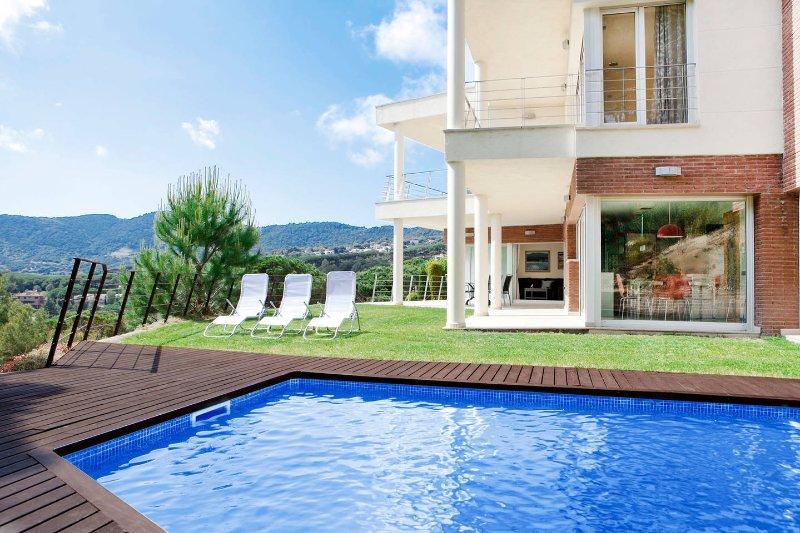 Exterior e piscina