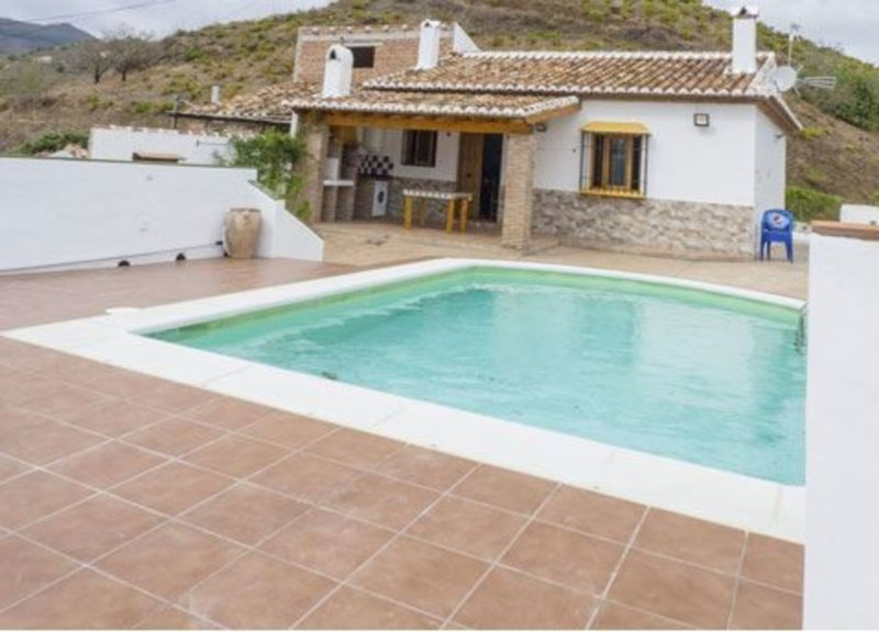 House - 2 Bedrooms with Pool and WiFi - 103704, vacation rental in Moclinejo