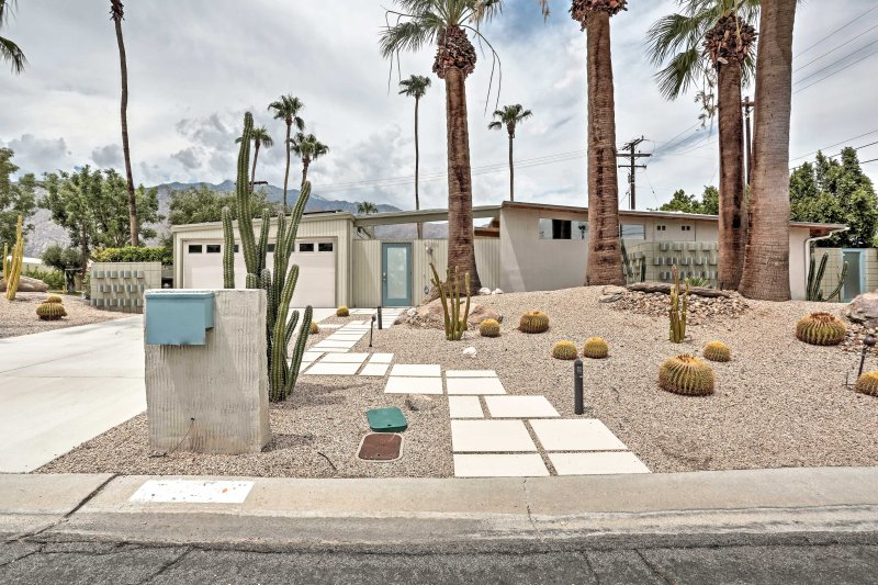 A Palm Springs retreat awaits at this 3-bedroom, 2-bath vacation rental home.