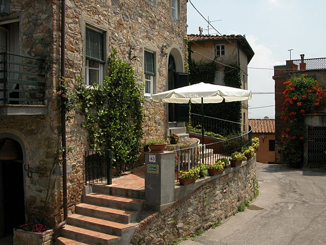 Capannori Holiday Home Sleeps 7 - 5226904, vacation rental in Castelvecchio