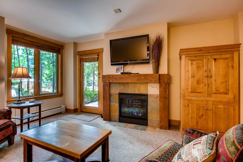 *Large* 3br/3ba Condo Springs~Close to slopes~Kids Ski Free!, location de vacances à Keystone