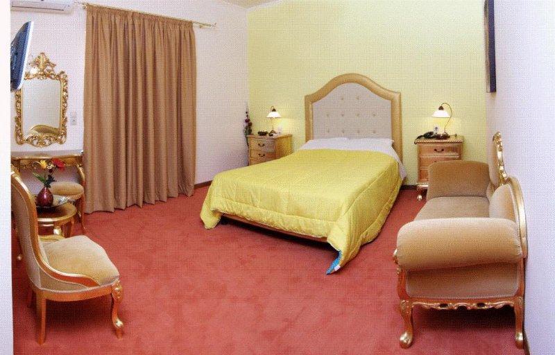 Paradice Hotel Luxury Suites 19, location de vacances à Stavros