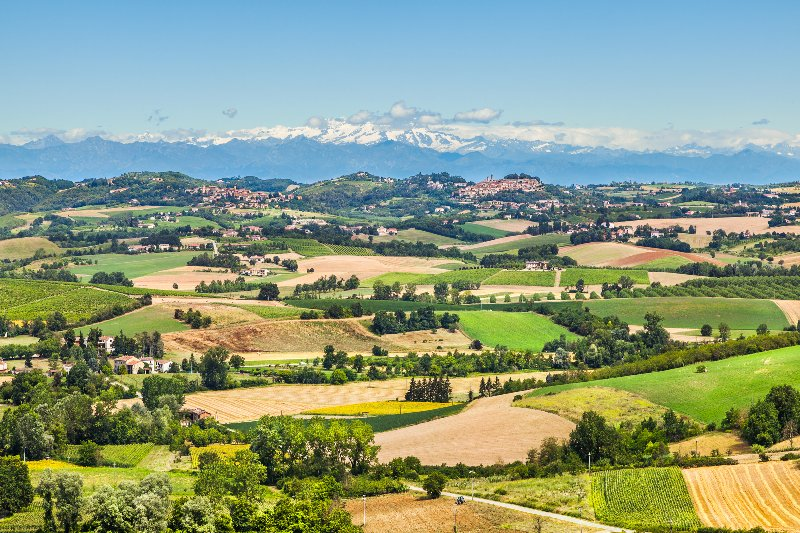 Monferrato gorgeous landscape with Mont Blanc in the background