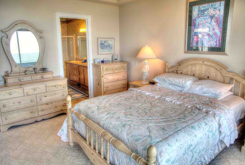 A comfortable Master Bedroom with Ocean View