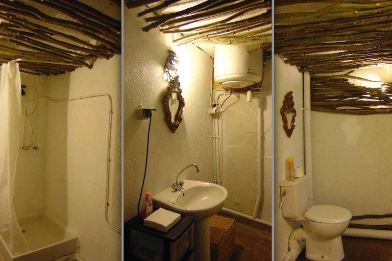 a shared bathroom in the farmhouse
