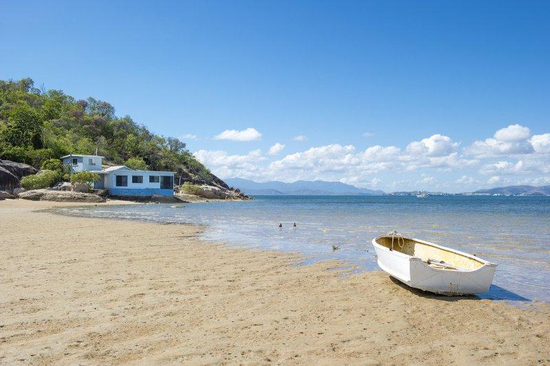 Blue on Cockle - Picnic Bay, QLD, casa vacanza a Aitkenvale