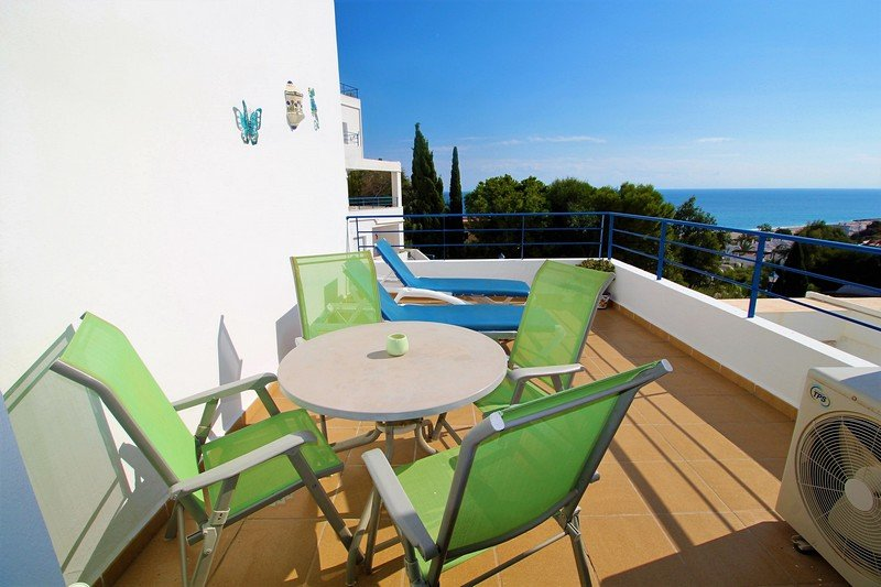 Apartment 2 bed South facing with amazing sea & mountain views, 5 mins to beach, holiday rental in Mojacar Playa