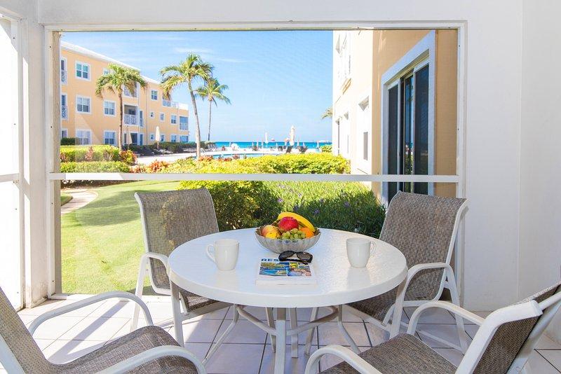 Regal Beach Club #611, vacation rental in Seven Mile Beach