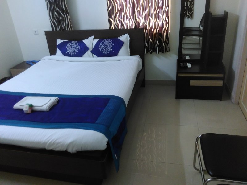 Lake Land Guest House, holiday rental in Chandannagar