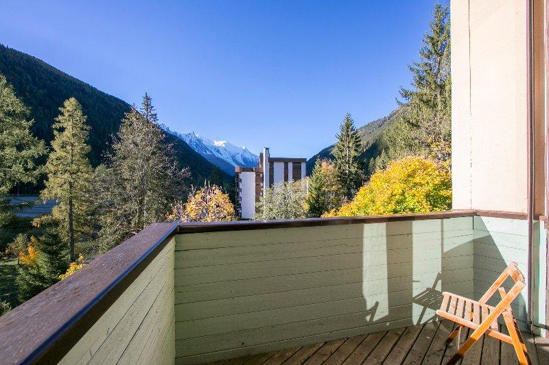 Privater Balkon Blick auf den Garten