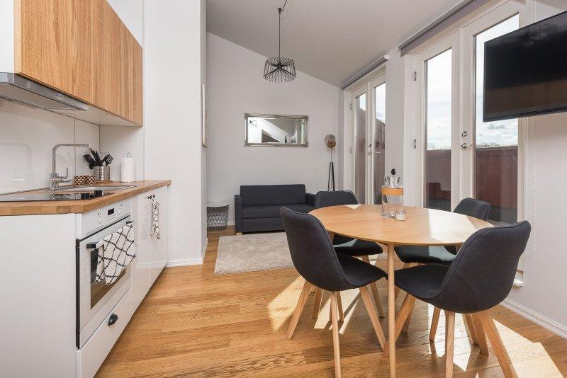 Stylish and cozy apartment in the heart of Tallinn, casa vacanza a Tallinn