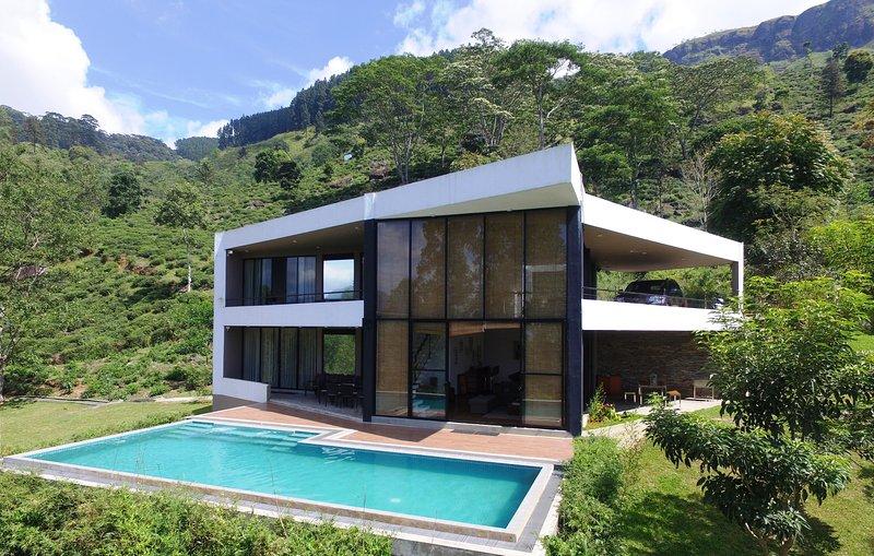 Ramboda Villa, vacation rental in Norton Bridge