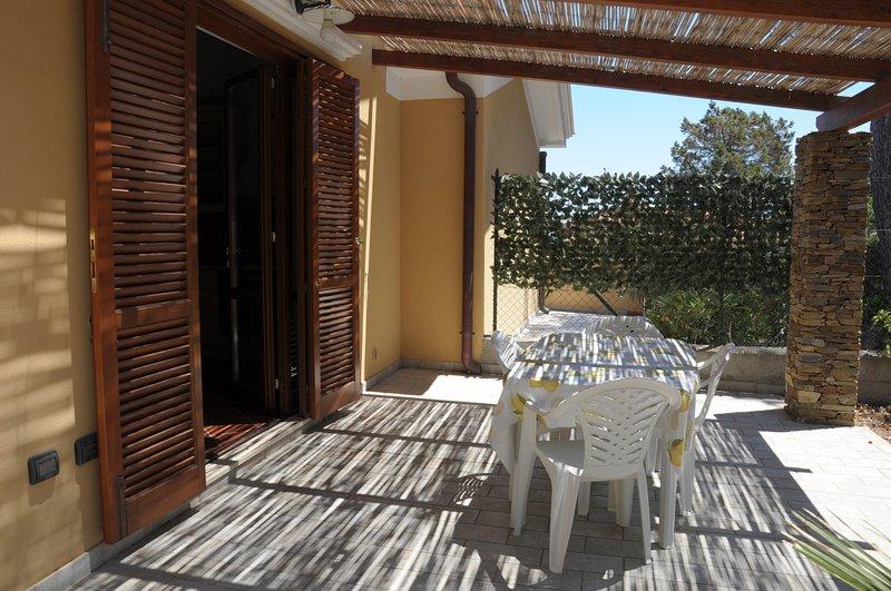Trilocale 6 posti letto - Località Ancora Stintino, holiday rental in Stintino